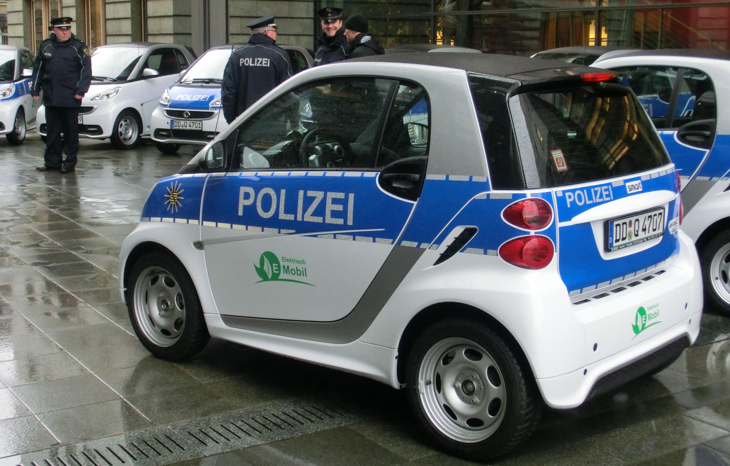 Messtechnische Datenerfassung beim Betrieb von Elektroautos der Polizei Sachsen