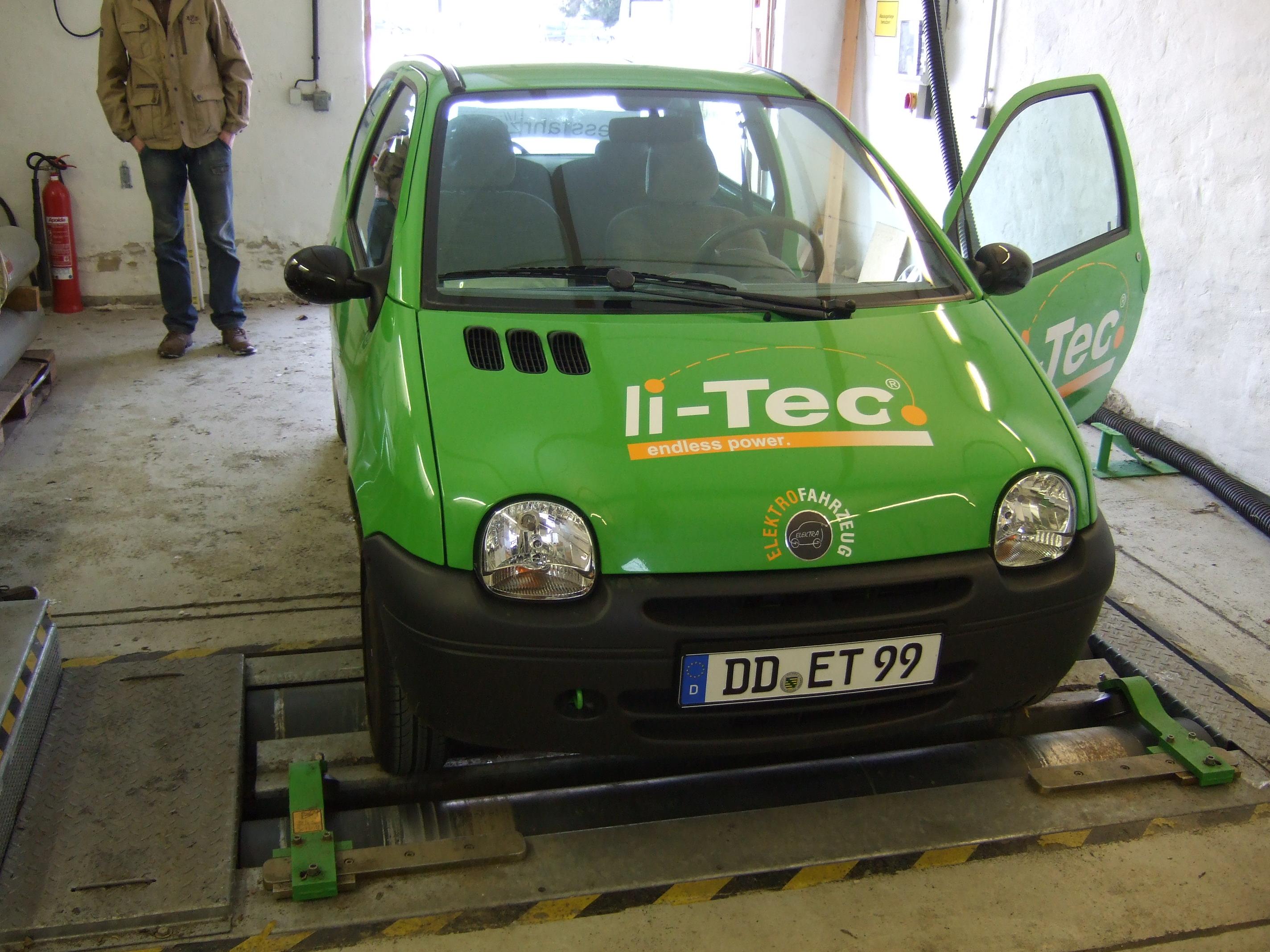 Elektromobilität Einsatzverhalten von  Batteriemanagement (BMS) bei Lithium-Ionenakkumulatoren
