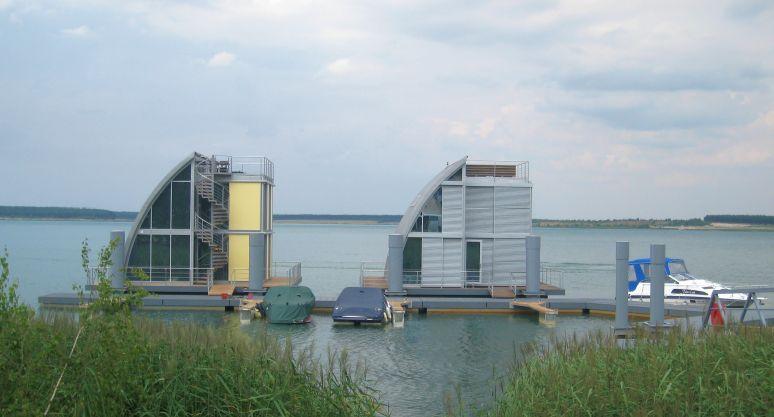 Korrosionsschutz von Stahlpontons für schwimmende Architek-tur unter den speziellen hydrologischen Bedingungen der Lau-sitzer Binnenseen